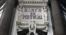 Счёт в банке Португалии