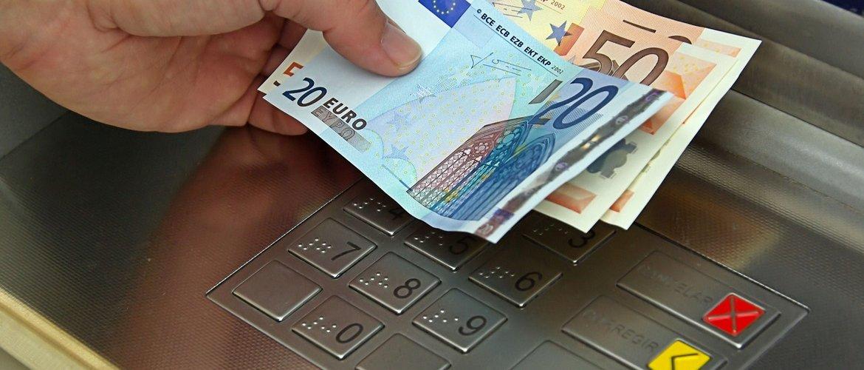 Как открыть банковский счет за рубежом