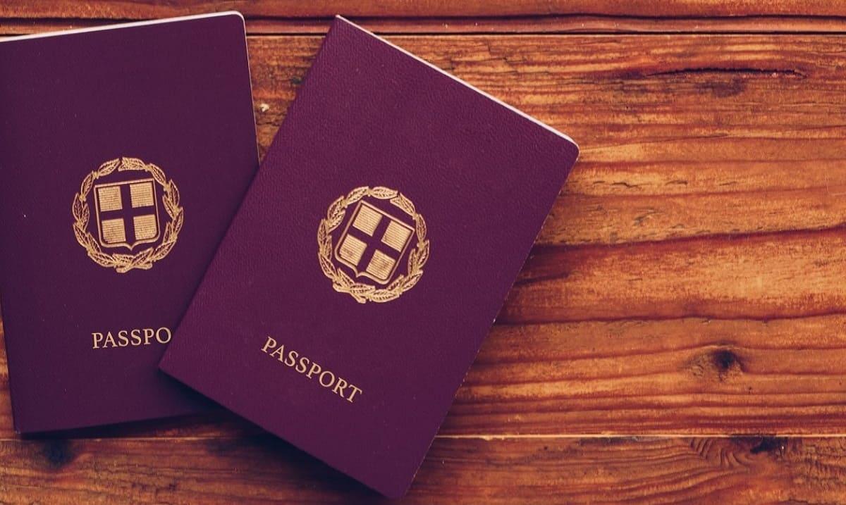 Паспорт Греции за инвестиции и при покупке недвижимости
